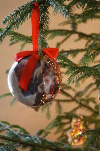 9.christmas ball