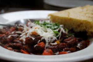 chili + cornbread